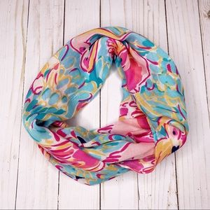 LILLY PULITZER Flamingo Peel & Eat Infinity Scarf
